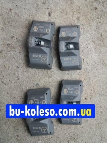 Датчик давления шин Mercedes  0008223306
