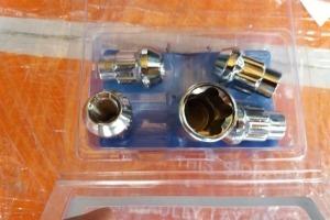 Секретные гайки 14х1.5 Wheel locks
