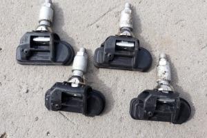 Датчики давления шин универсальные  Schrader