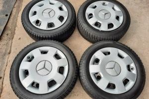 Оригинальные колпаки Mercedes 16