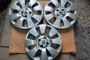 Оригинальные колпаки Toyota Yaris 15  42602-0D080