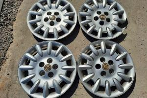 Оригинальные колпаки Chrysler Voyager 16 4743065AA