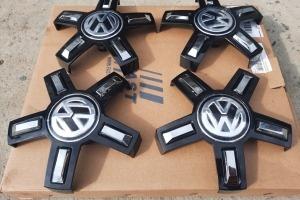 Колпачки дисков Vw краб 170/57 черный 3G0 601 149C