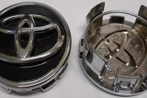 Колпачки дисков Toyota 62/56 мм заглушки дисков